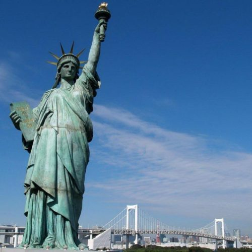 1280x720-world_of_big_city_statue_usa_new_liberty_statue_of_liberty_york_island__new_york_city_apple-25221