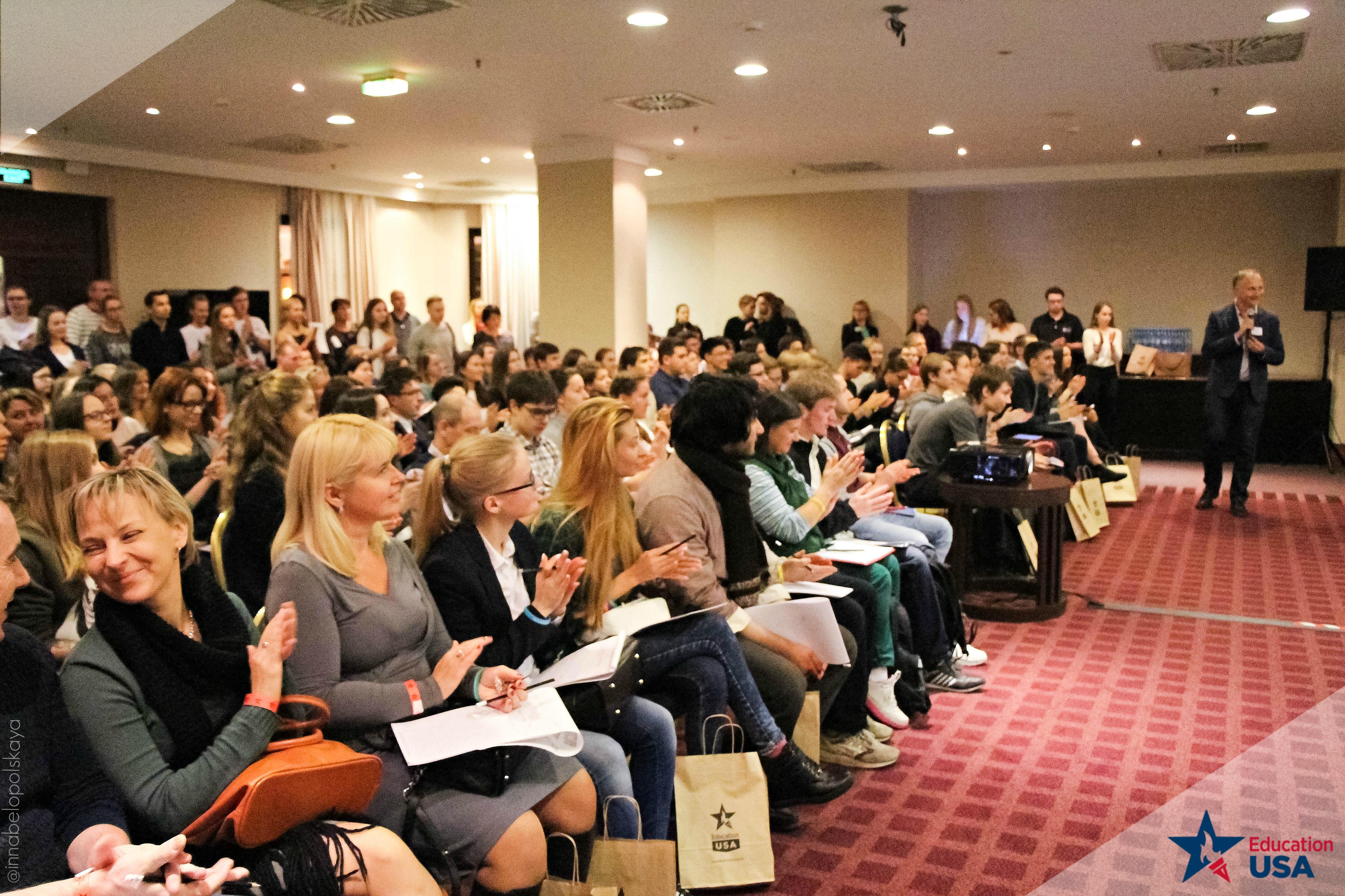 Приглашаем на день открытых дверей 7 июля в московский центр EducationUSA Russia