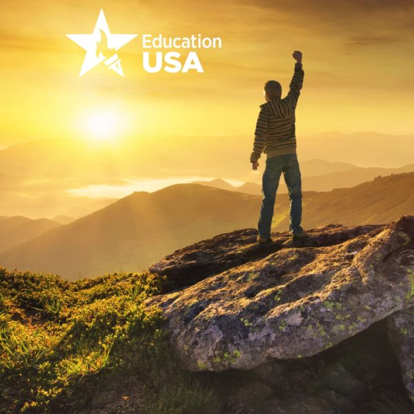 Online. Summer Programs in the USA (ESL, short-term, Work and Travel)