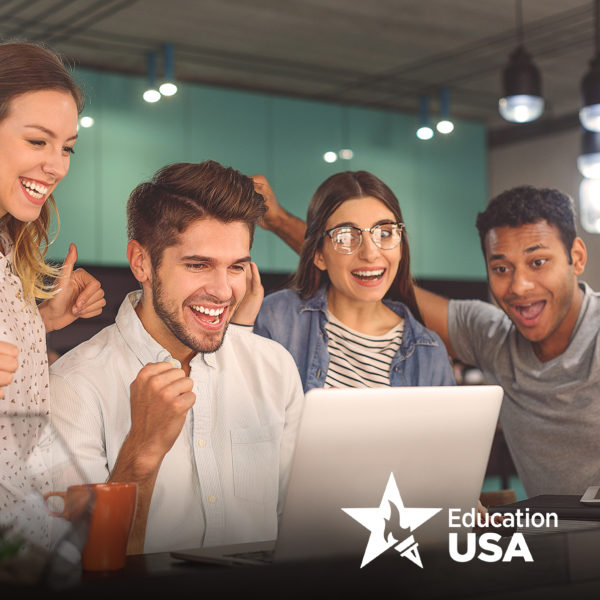 Online. Анализ мотивационных писем для поступления в вузы США